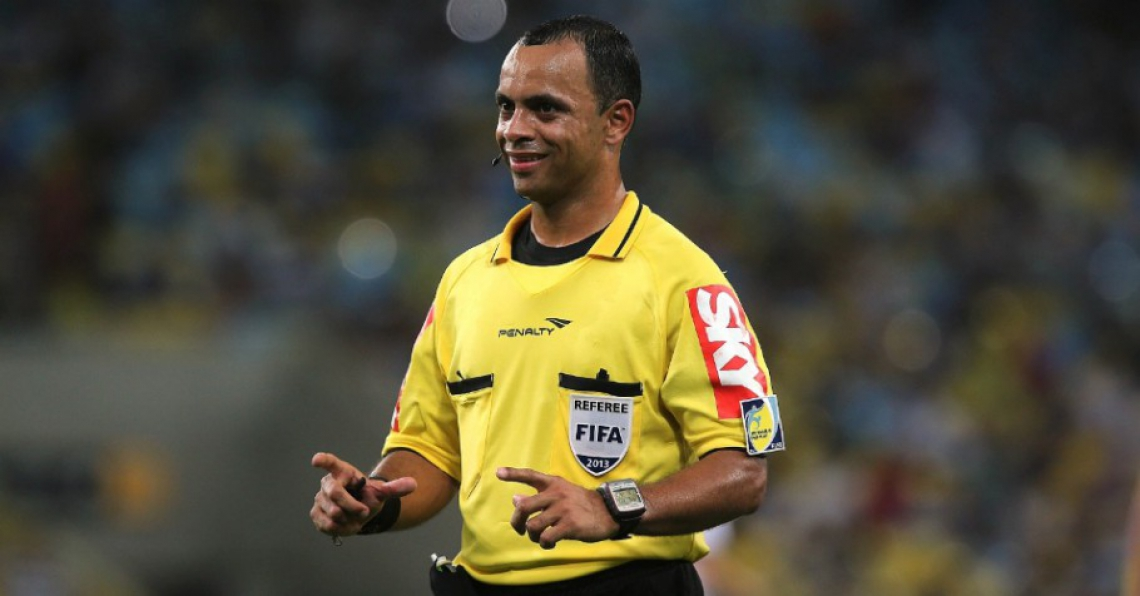 Wilton Pereira Sampaio é árbitro FIFA