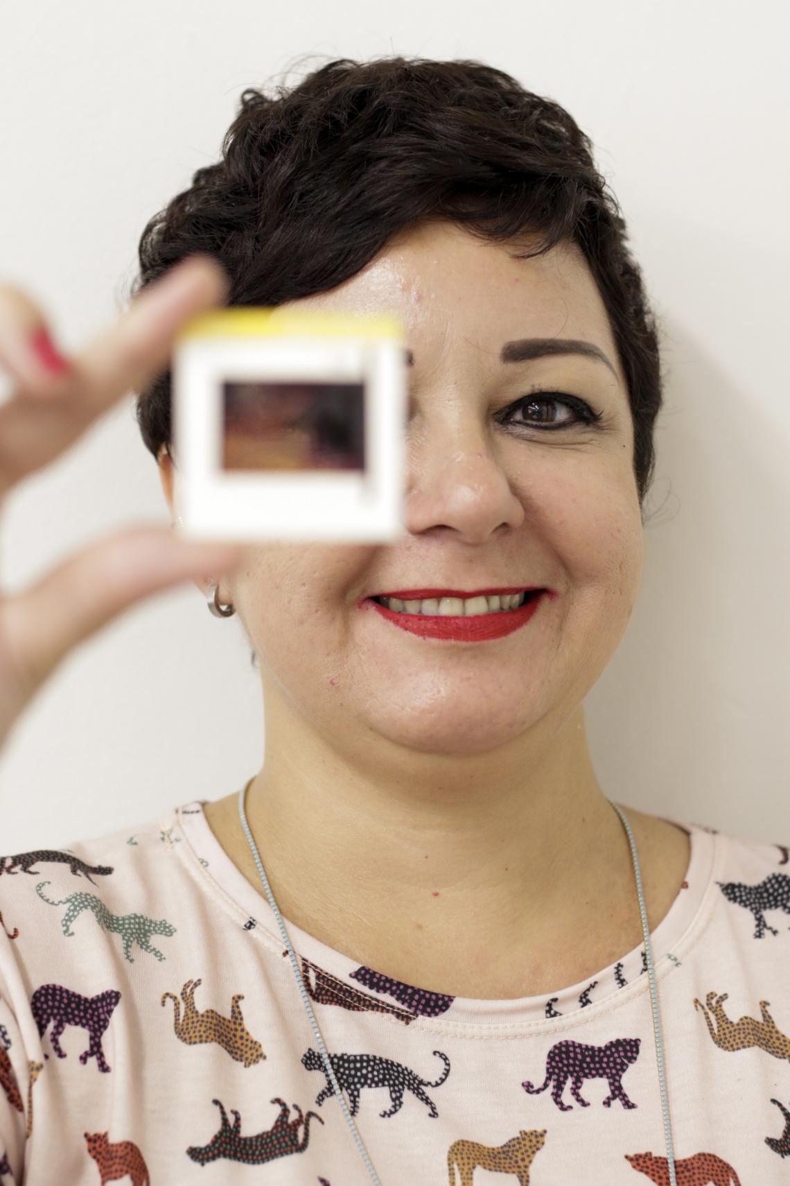 FORTALEZA,CE,BRASIL,05.09.2019: Carla Sabino, pesquisadora e professora do Departamento de História da UFC. (foto: Tatiana Fortes/ O POVO)