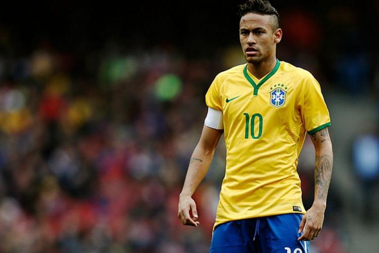 Neymar é titular da Seleção Brasileira  (Foto: AFP)