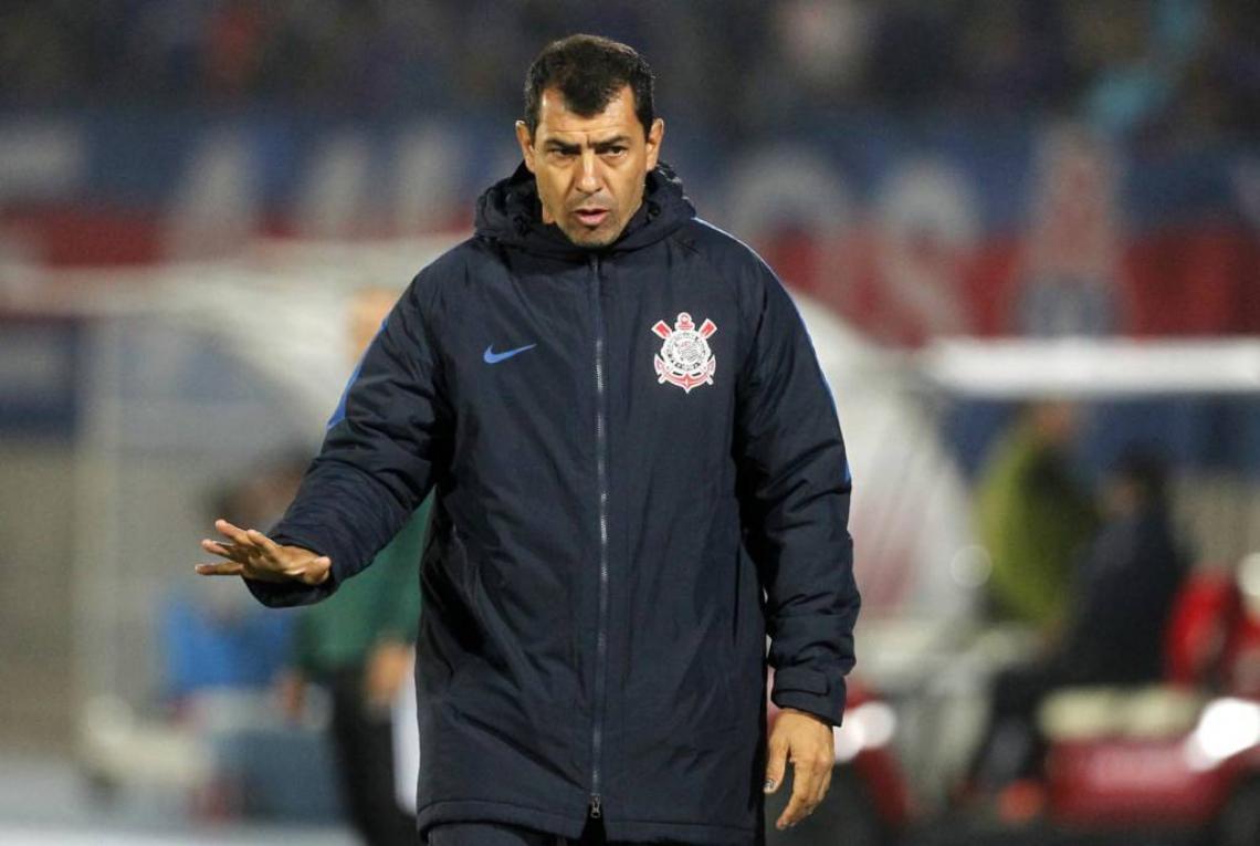 Fábio Carille terá alguns desfalque na partida contra o Ceará.