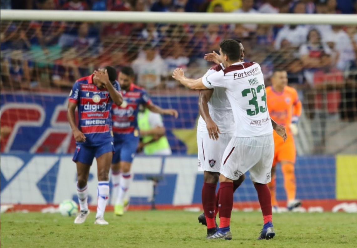 EM CASA, Fortaleza dá vexame e perde para o fraco Fluminense que não vencia a três partidas no Brasileiro