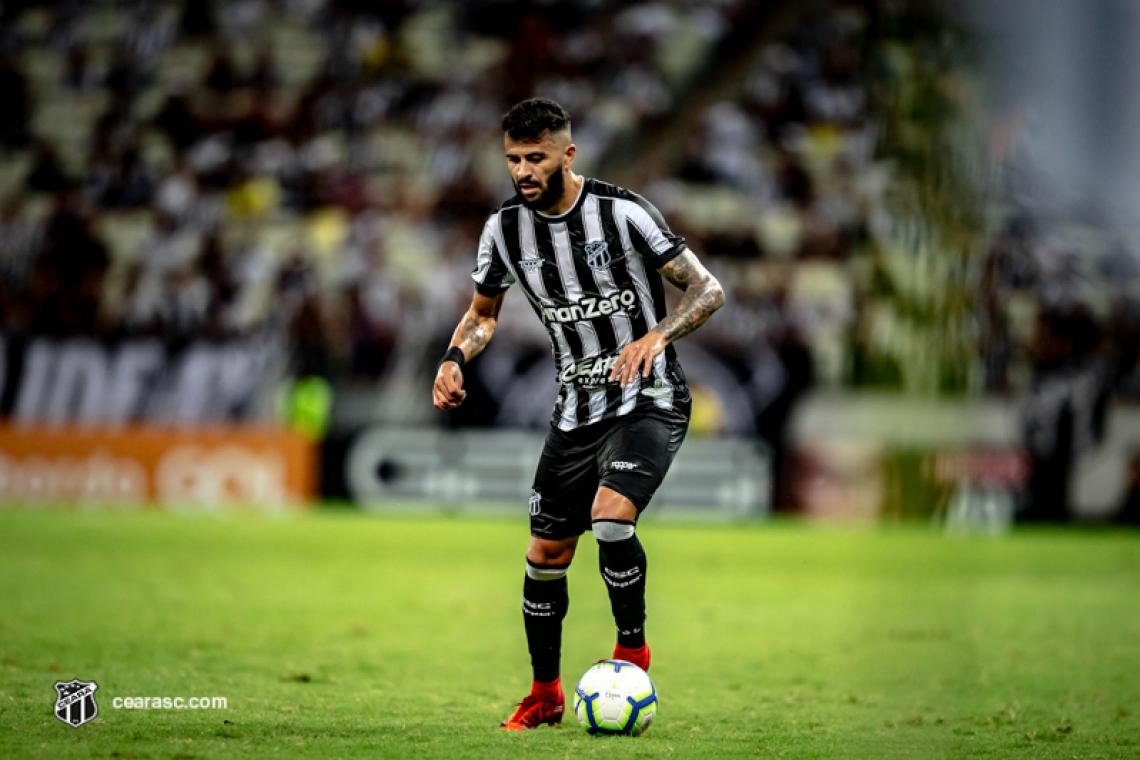 Defensor marcou gol contra na partida frente o Corinthians