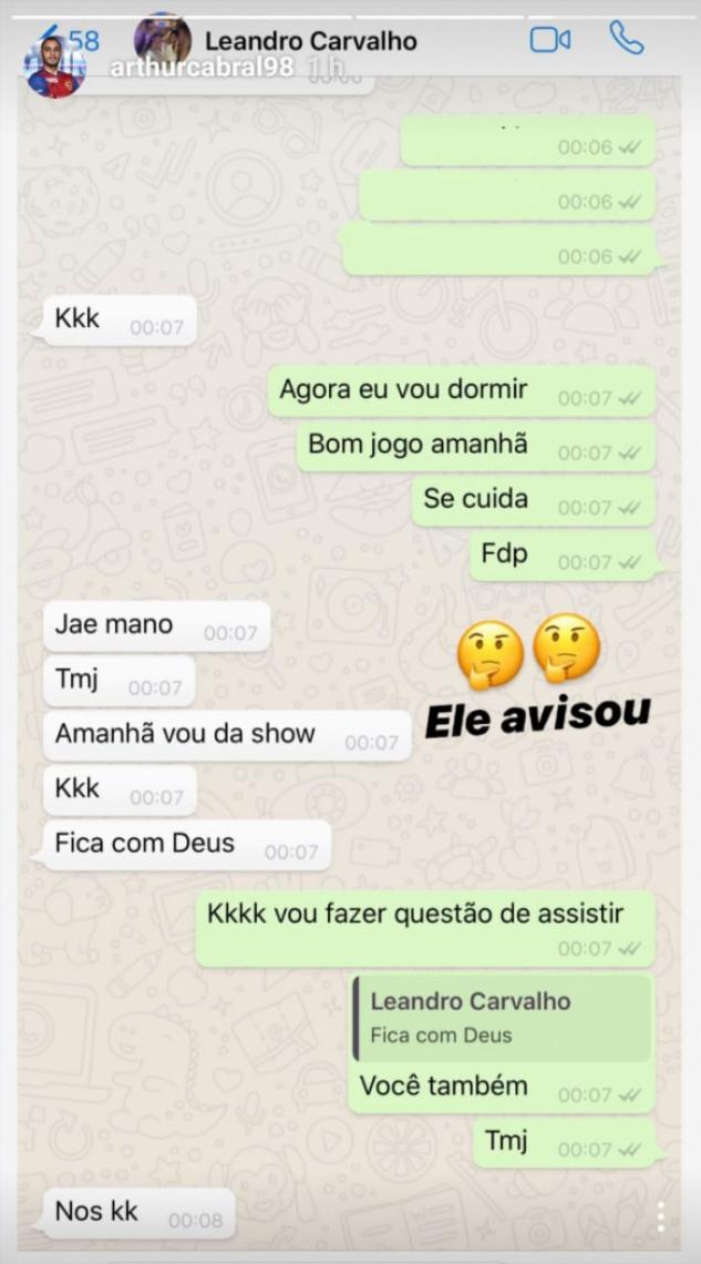 Conversa entre Arthur e Leandro Carvalho na noite anterior à partida entre Corinthians e Ceará