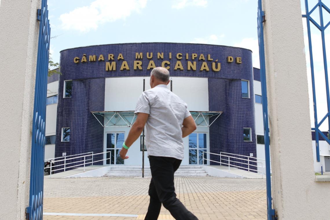 Mandados de busca e apreensão são cumpridos na Câmara municipal de Maracanaú.