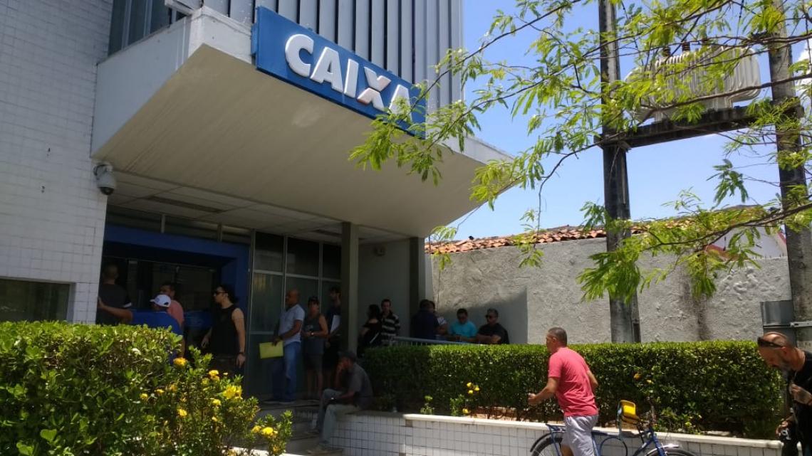 Agências da capital apresentam movimento tranquilo