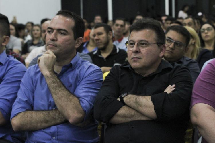 Presidentes de Ceará e Fortaleza protestaram a favor da volta do futebol no Estado (Foto: Deísa Garcêz/Especial para O Povo)