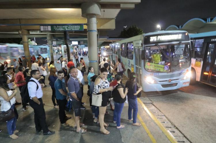 Prefeito Roberto Cláudio havia confirmado o funcionamento integral do serviço de transporte público