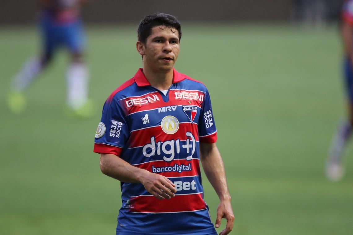 Osvaldo é atacante do Fortaleza na Série A