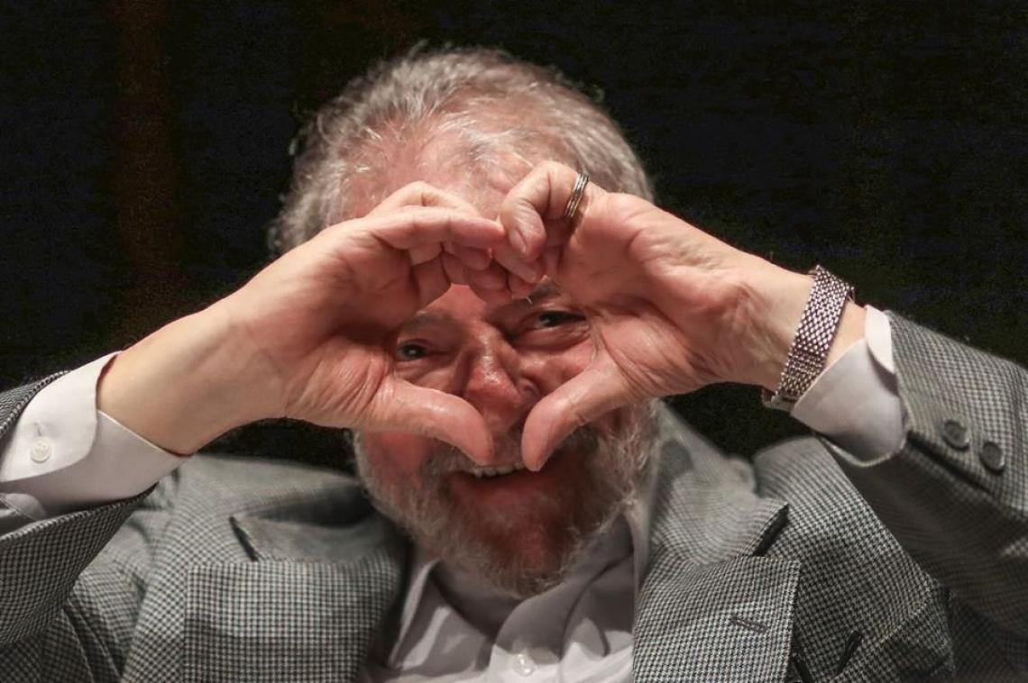 Ex-presidente Lula se recusa a cumprir pena em regime semiaberto