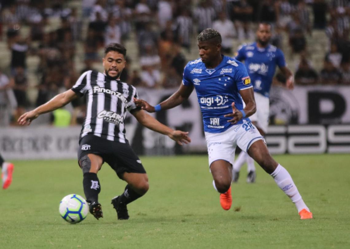 Ceará e Cruzeiro lutam para fugir da última vaga do rebaixamento.