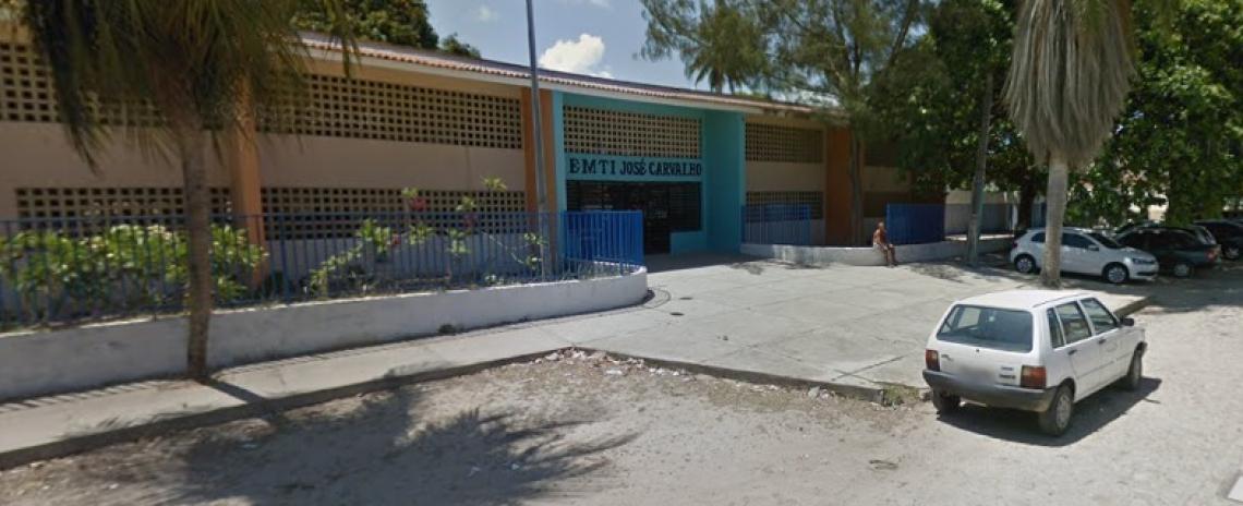 Escola José Carvalho, no bairro Alagadiço Novo