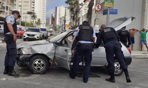 A ação aconteceu entre os cruzamentos das ruas Dias Ribeiro e Francisco Dias.