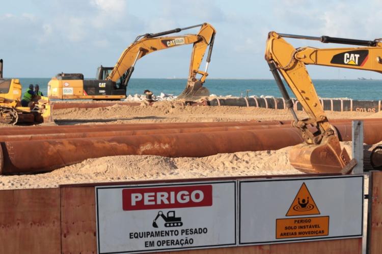 Aumento da faixa de areia deve ser de 80 metros mar adentro em extensão de 1,2 mil metros (Foto: Aurélio Alves / O POVO)