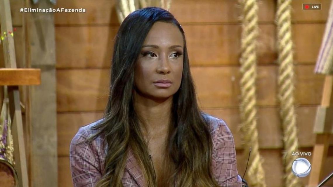 Drika Marinho é a primeira eliminada de A Fazenda 11.