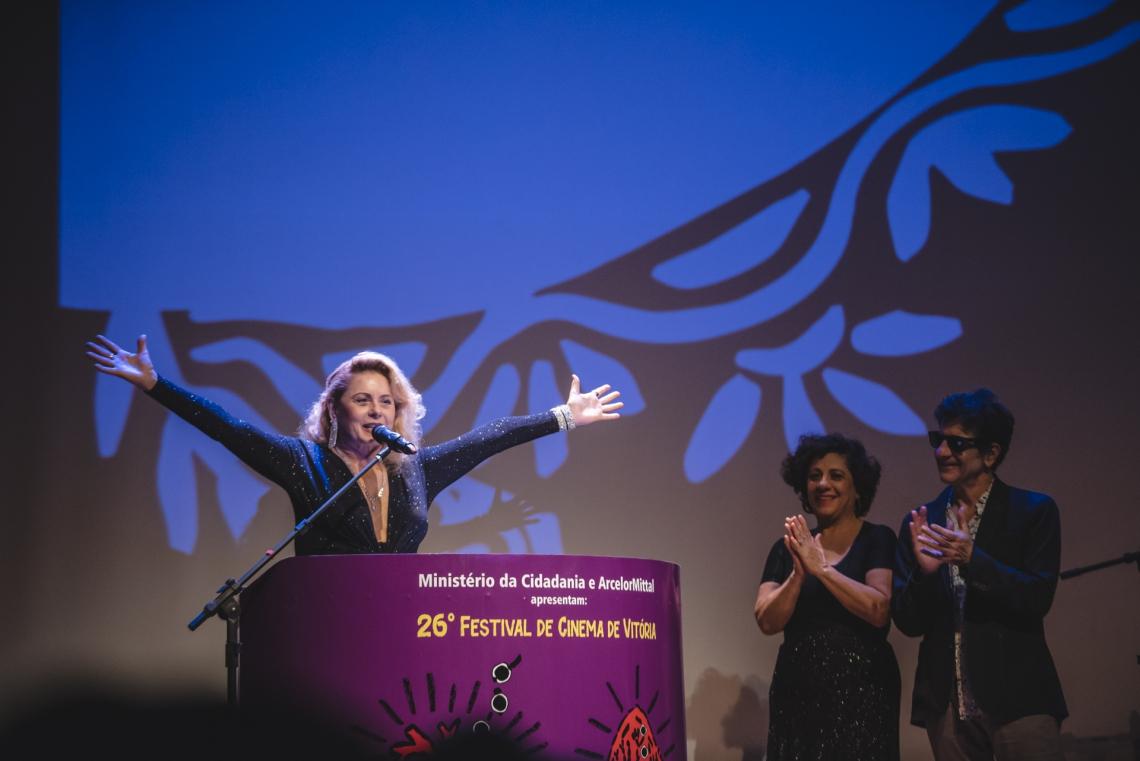 Vera Fischer ganhou homenagem durante o Festival de Vitória