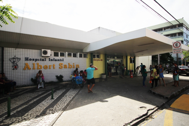 Hospital Albert Sabin é referência em atendimento infantil (Foto: Deísa Garcêz/Especial para O Povo)