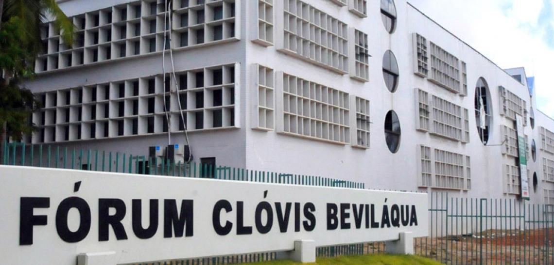 A campanha segue até o dia 18 no salão do Centro Judiciário de Solução de Conflitos e Cidadania (Cejusc), próximo à entrada do Fórum Clóvis Beviláqua