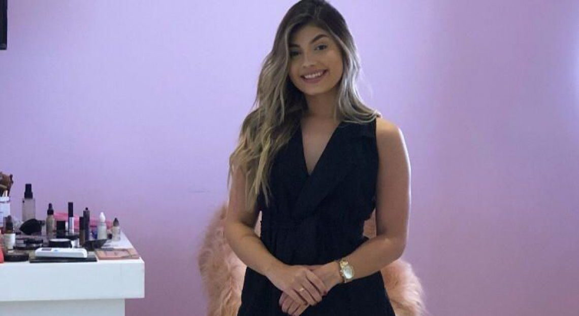 Vitória Sheryda, maquiadora, foi a primeira bebê de proveta do Ceará