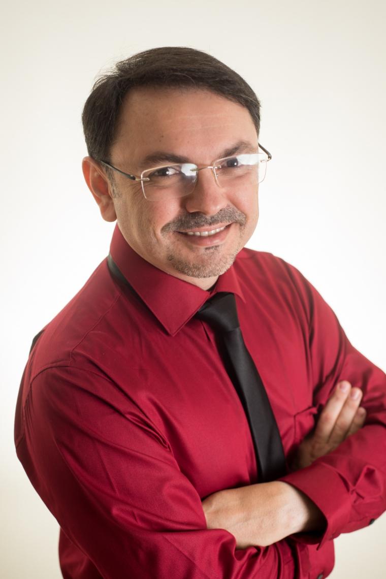 Rossandro Klinjey vem a Fortaleza dia 16 de outubro