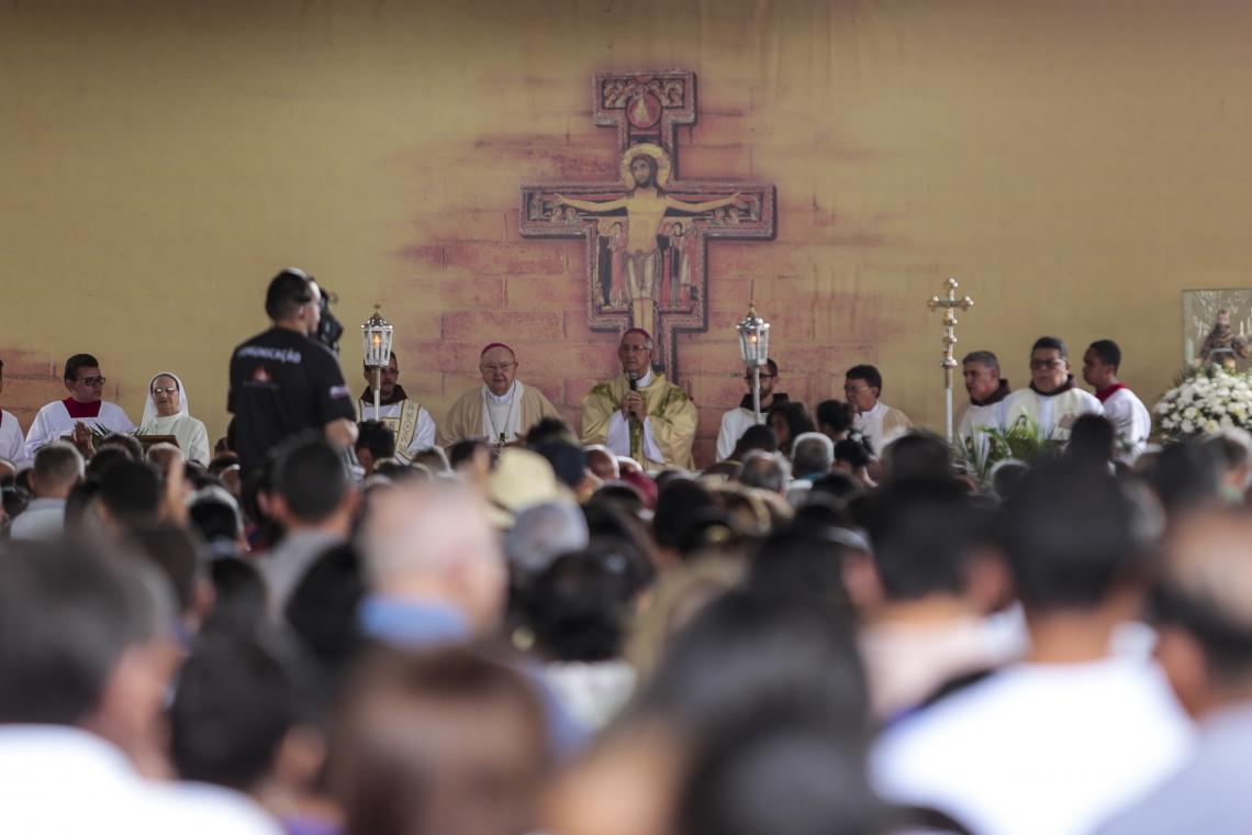 Milhares de romeiros foram a Canindé para a festa do santo padroeiro do município