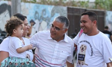 FORTALEZA, CE, BRASIL, 05.10.2019: Eduardo Girão, senador. Marcha contra o aborto. Av. Beira mar.  (Fotos: Fabio Lima/O POVO)