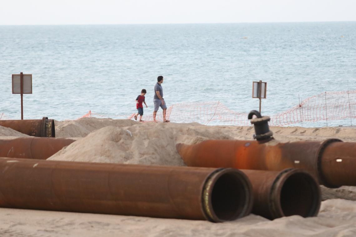 Obras no aterro da Av. Beira mar.  (Foto: Fabio Lima/O POVO)
