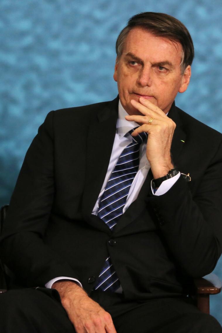 O presidente Jair Bolsonaro participa da solenidade de Lançamento da Campanha do Projeto Anticrime no Palácio do Planalto em Brasília (DF), nesta quinta-feira (03).