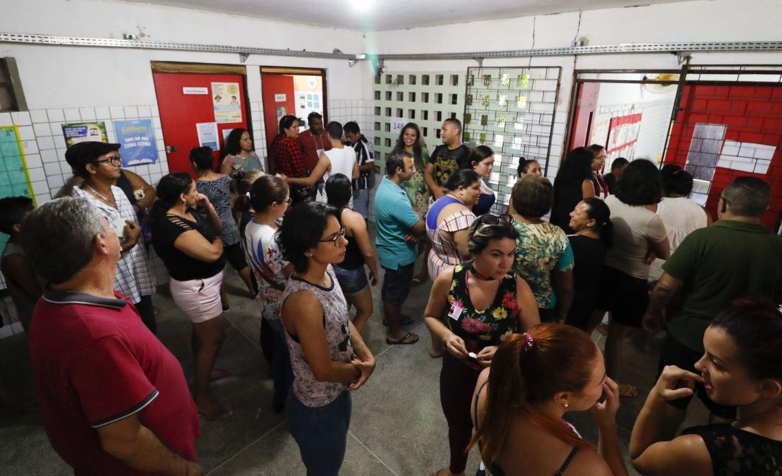 FORTALEZA, CE, Brasil. 06.10.2019: Eleições para Conselho Tutelar em Fortaleza. Escola Odilon Gonzaga Braveza. (Fotos: Deísa Garcêz/Especial para O Povo)