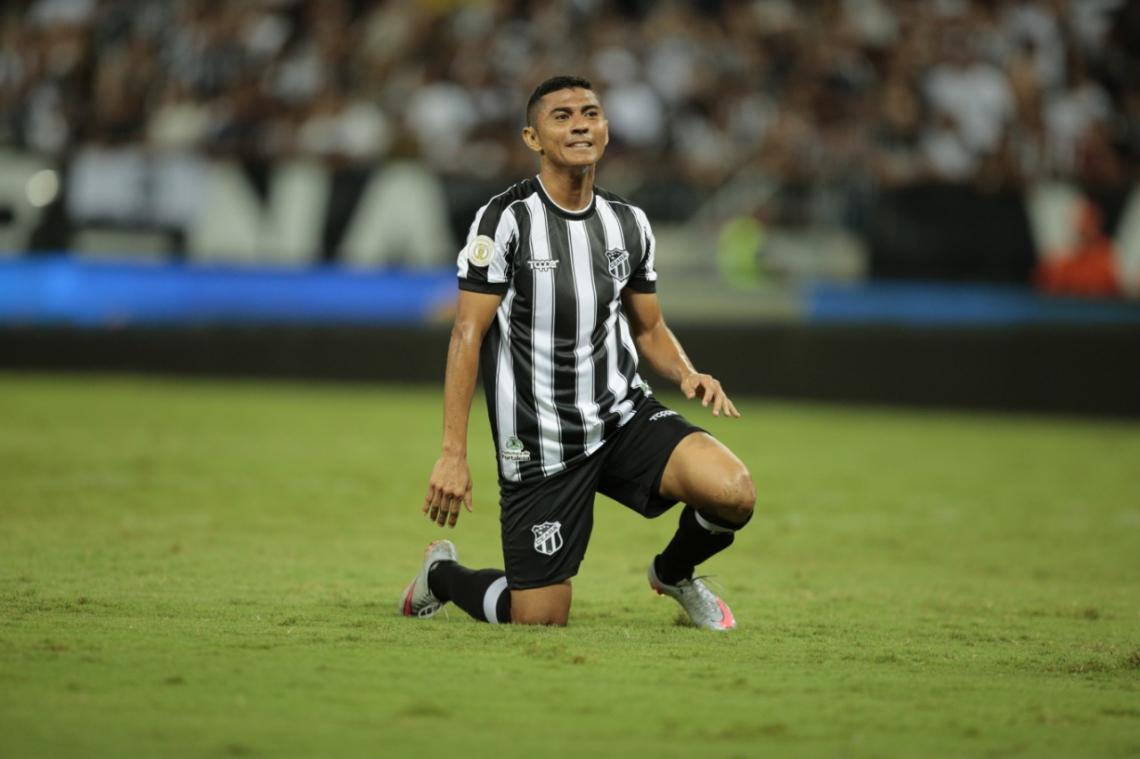 Juninho Quixadá perdeu algumas boas chances no segundo tempo