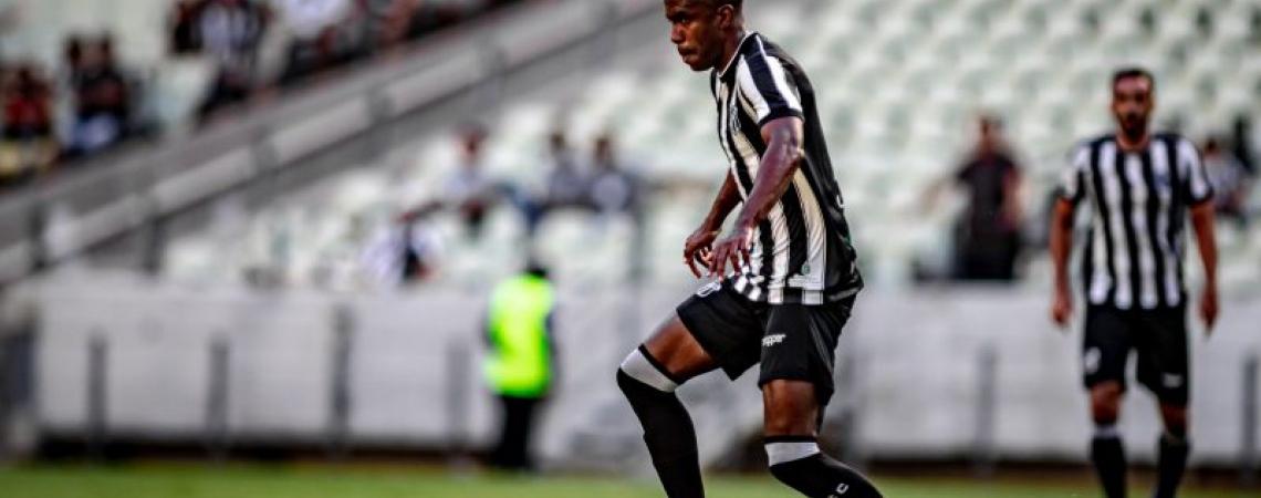 Fabinho tem figurando no time titular do Ceará (Foto: Stephan Eilert/Ceará SC)