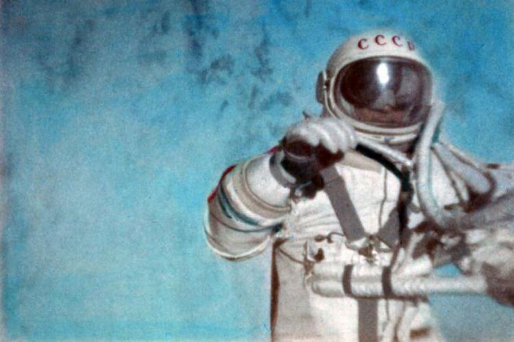 Aleksei Leonov marcou a história das viagens espaciais.