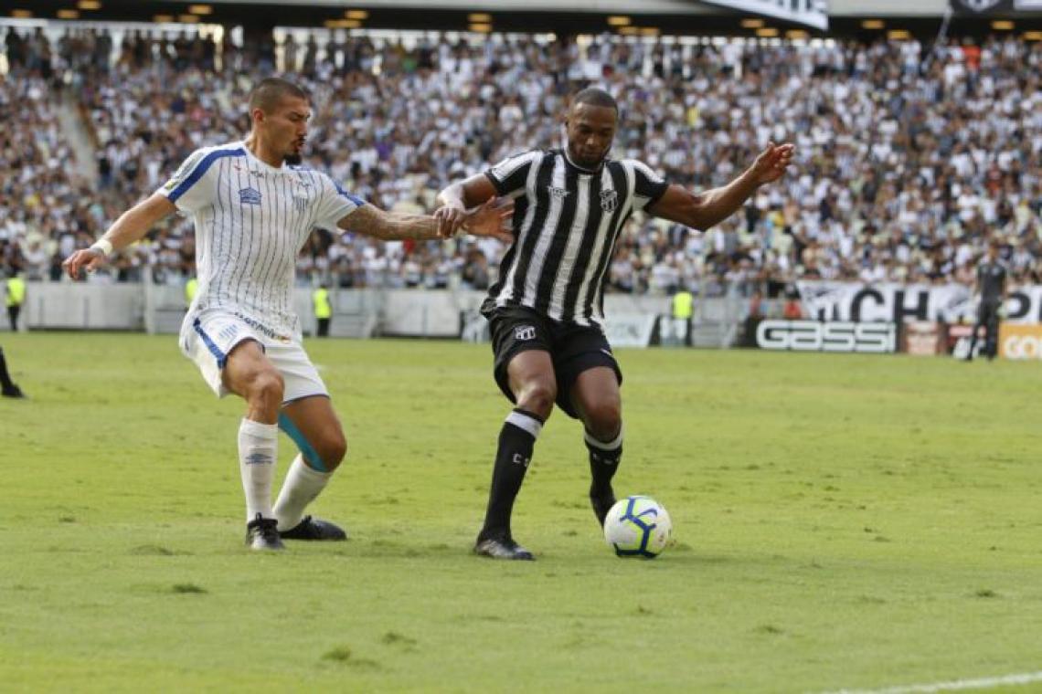 Luiz Otávio é um dos pilares do sistema defensivo do Ceará e só desfalcou o time uma vez por suspensão de cartões amarelos