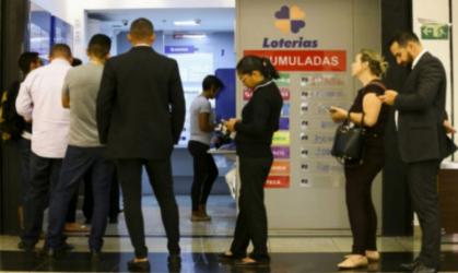 O resultado da Mega Sena Concurso 2198 sai na noite de hoje, quarta, 16 de outubro (16/10). Aposta de Fortaleza levou mais de R$ 34 milhões