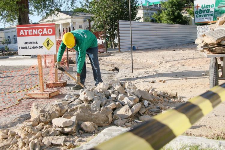 A obra da Estação das Artes quer requalificar toda a área da antiga estação João Felipe, no Centro