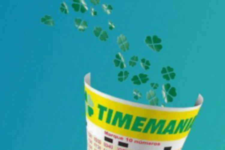 O sorteio da Timemania Concurso 1396 ocorre na noite de hoje, sábado, 19 de outubro (19/10). O prêmio está estimado em R$ 7 milhões.