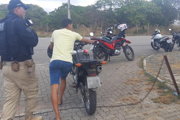 Motociclistas participariam de corrida clandestina em trecho entre Fortaleza e Maracanaú -