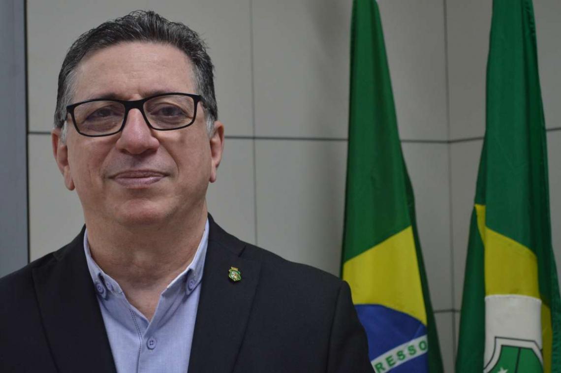 Flávio Jucá assume a Casa Civil do governo Camilo | henrique ...
