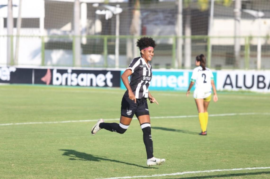 Maria foi autora da maioria dos gols marcados pelo Ceará diante da equipe Menina Olímpica
