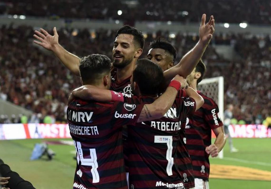 Flamengo x CSA pelo Brasileirão: onde assistir à transmissão ao vivo, que horas é o jogo de hoje e a escalação de cada time