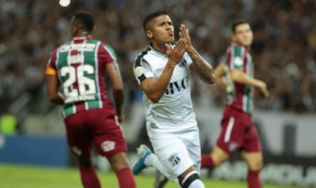 Bergson comemora gol pelo Ceará contra o Fluminense, na Série A de 2019