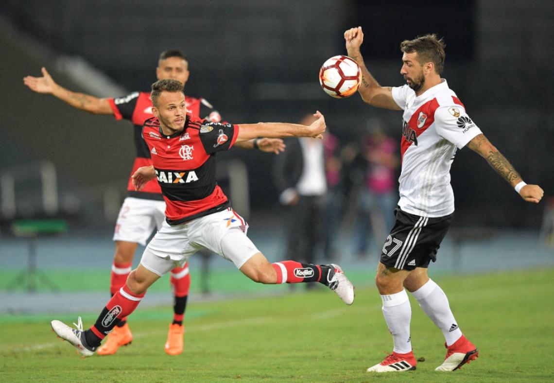 Flamengo e River Plate se enfrentaram na fase de grupos da Libertadores 2018