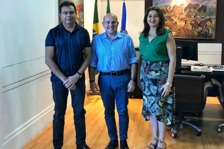 O anúncio foi feito pelo deputado Idilvan Alencar, pelo prefeito Roberto Cláudio e pela secretária da educação, Dalila Saldanha