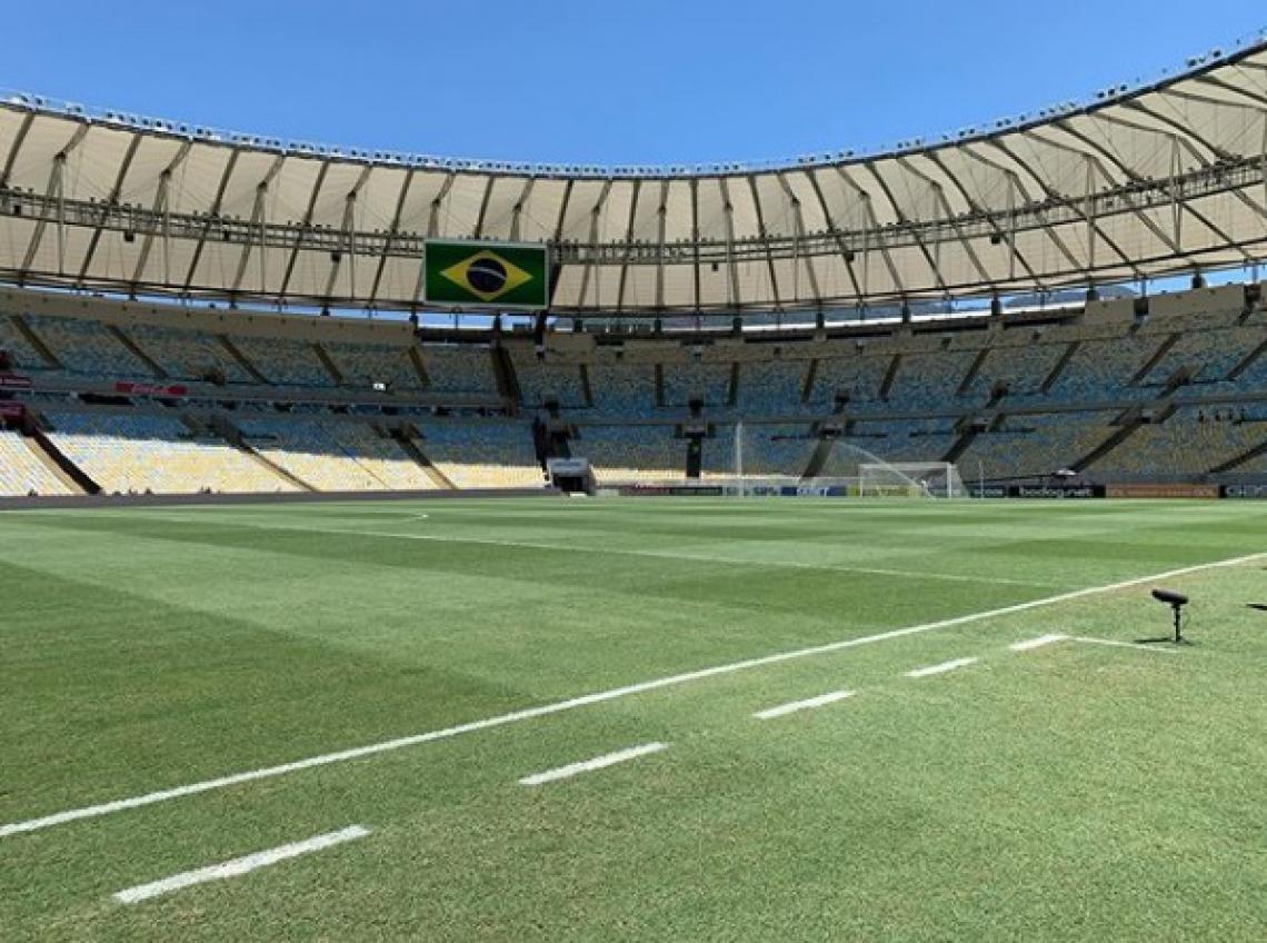Flamengo e Corinthians se enfrentam no Maracanã neste domingo, ás 16 horas