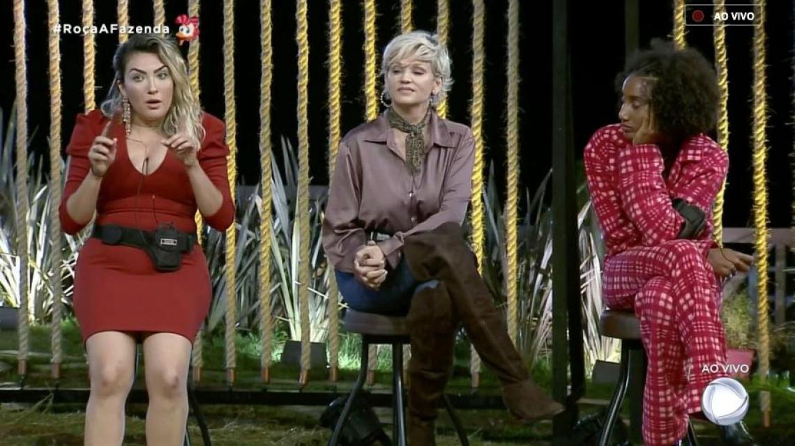 Andréa Nóbrega, Sabrina Paiva e Thayse Teixeira estão na roça.
