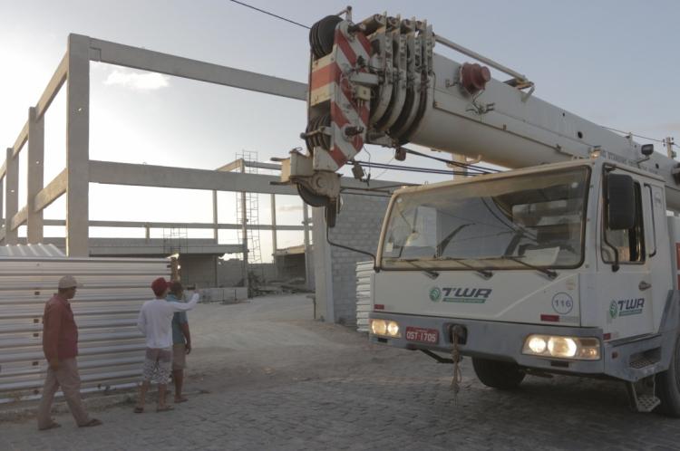 FORTALEZA, CE, Brasil. 07.11.2019: Desabamento em construção em Pacajus. (Fotos: Deísa Garcêz/Especial para O Povo)