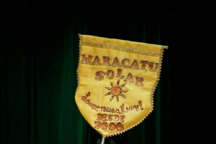 """Para Minha Mãe Iemanjá - Seja a mudança que você quer ver no mundo"""" foi o tema do grupo Maracatu Solar em 2019"""
