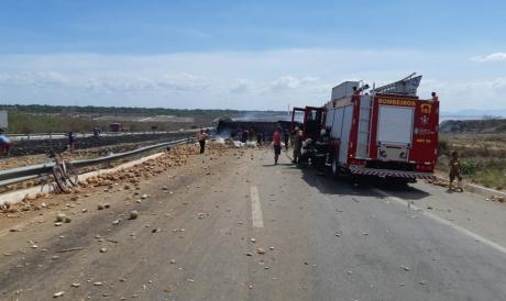 A colisão entre dois carros provou a morte de um homem em São Gonçalo do Amarante. Foto:Polícia Rodoviária Federal
