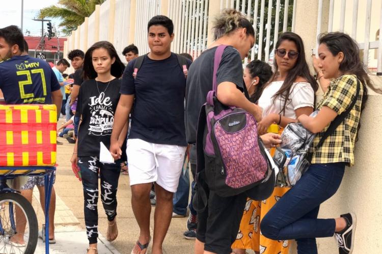 Portões abriram ao meio-dia. A prova começa às 13:30h