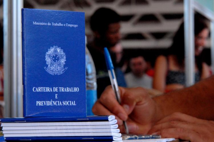 Foram geradas 8.870 vagas de empregos formais no Ceará em 2019.