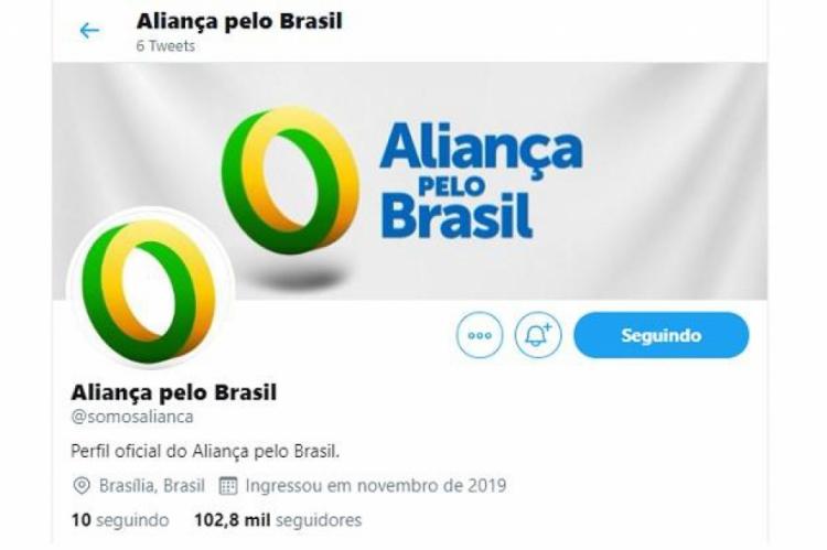 O Twitter do provável futuro partido do clã Bolsonaro alcançou mais de 100 mil seguidores em pouco mais de 24 horas após sua criação